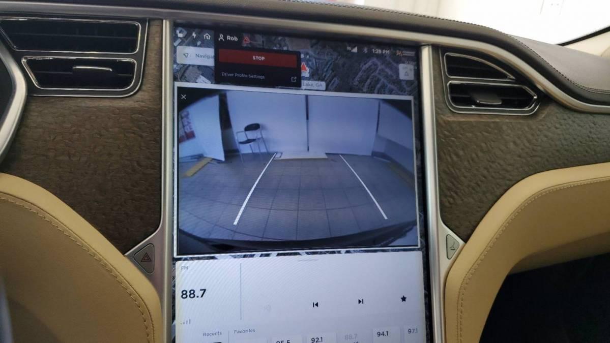 2013 Tesla Model S 5YJSA1CN5DFP05970