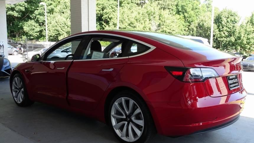 2018 Tesla Model 3 5YJ3E1EB8JF117150