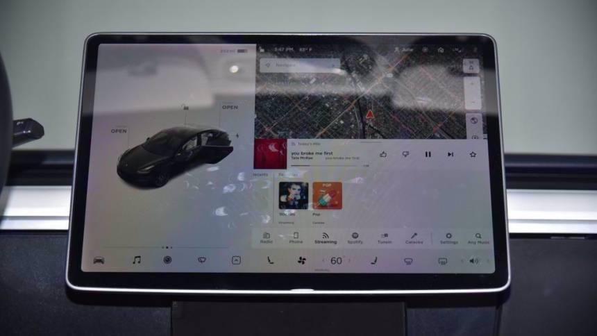 2018 Tesla Model 3 5YJ3E1EB6JF095908