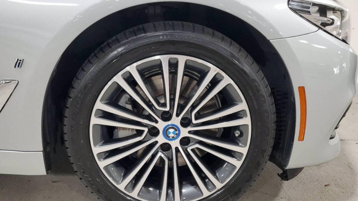 2018 BMW 5 Series WBAJA9C54JB251927
