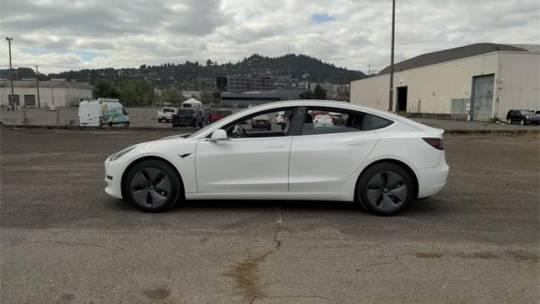 2019 Tesla Model 3 5YJ3E1EA9KF425243
