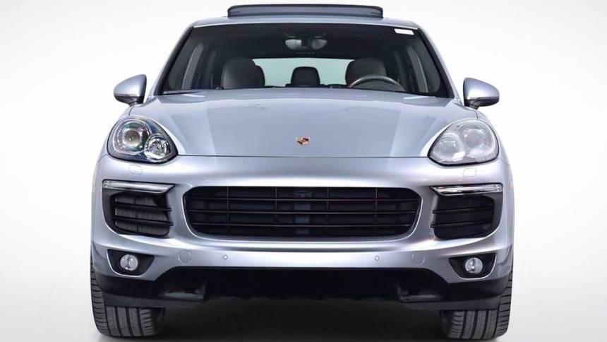 2017 Porsche Cayenne WP1AE2A27HLA69486