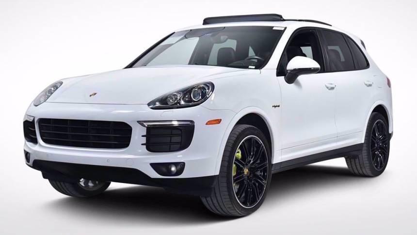 2018 Porsche Cayenne WP1AE2A28JLA71690