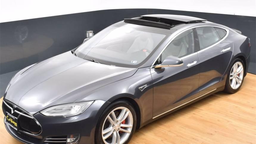 2014 Tesla Model S 5YJSA1H24EFP67439