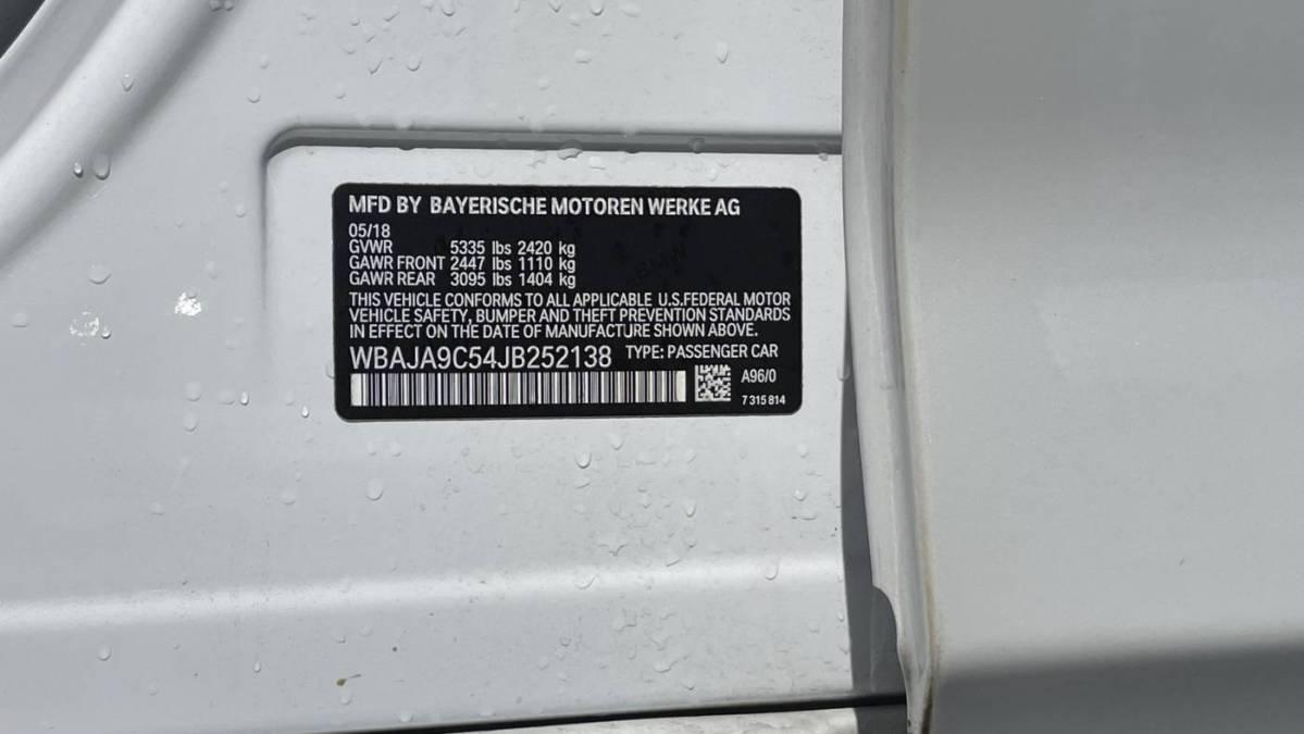 2018 BMW 5 Series WBAJA9C54JB252138
