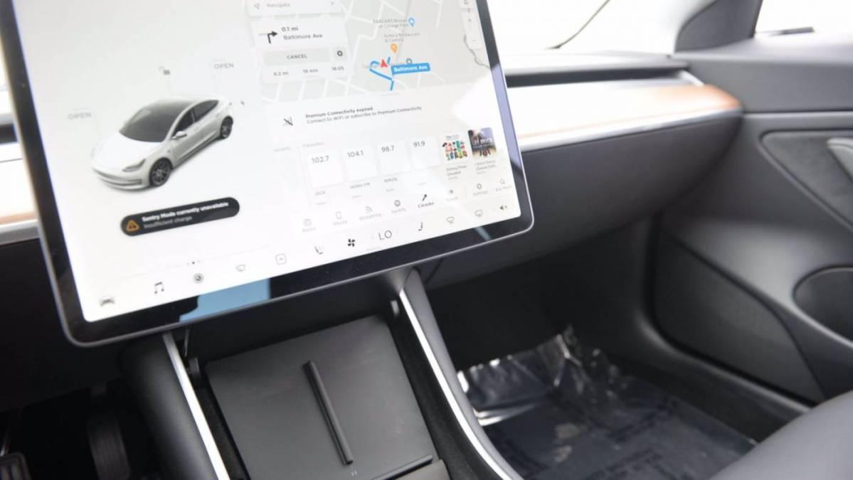 2020 Tesla Model 3 5YJ3E1EBXLF636770