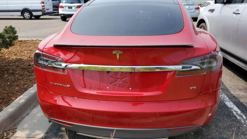2016 Tesla Model S 5YJSA1E10GF131583