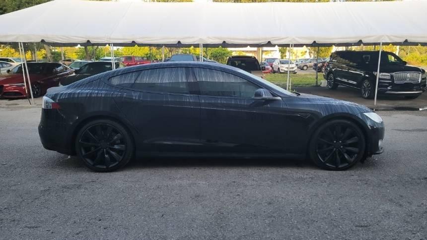 2016 Tesla Model S 5YJSA1E23GF122742