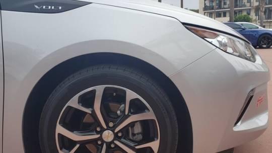 2018 Chevrolet VOLT 1G1RC6S55JU136718