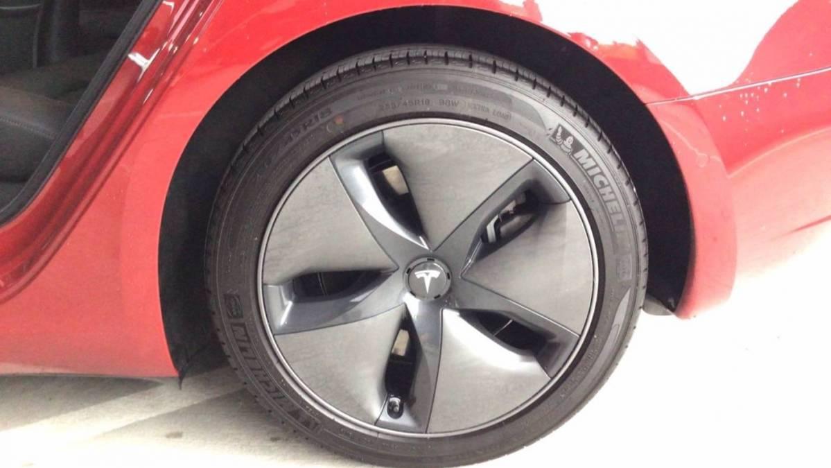 2019 Tesla Model 3 5YJ3E1EA7KF411552