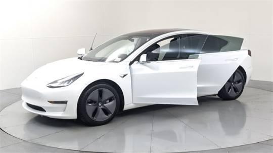 2018 Tesla Model 3 5YJ3E1EB2JF115443