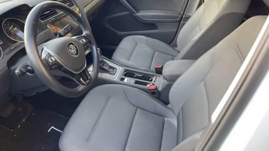 2019 Volkswagen e-Golf WVWKR7AU0KW902219