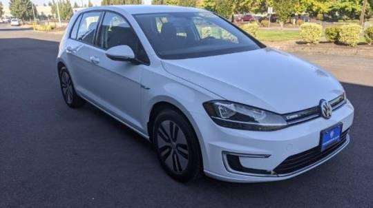 2018 Volkswagen e-Golf WVWKR7AU5JW908760