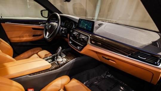 2018 BMW 5 Series WBAJB1C52JB374866