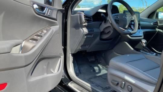 2020 Hyundai IONIQ KMHCX5LD2LU192776