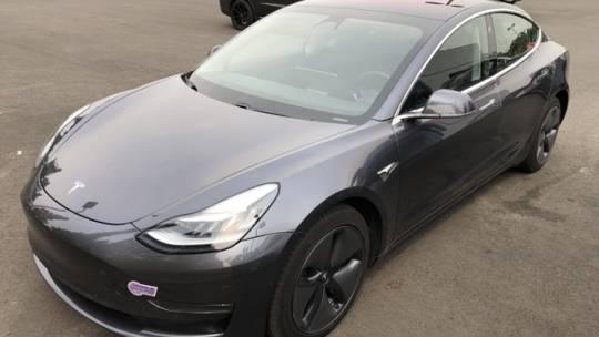 2019 Tesla Model 3 5YJ3E1EB3KF129191