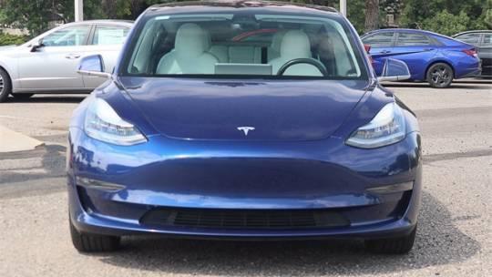 2018 Tesla Model 3 5YJ3E1EA8JF169417