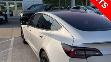 2018 Tesla Model 3 5YJ3E1EA8JF004077