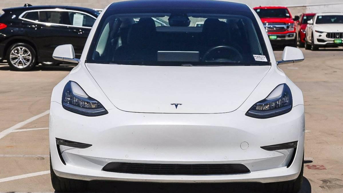 2018 Tesla Model 3 5YJ3E1EA2JF015740