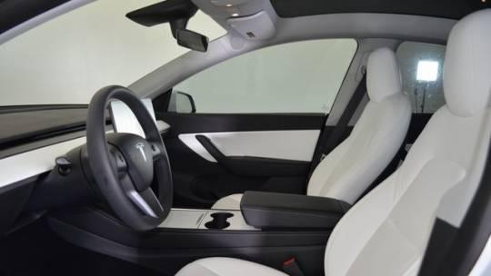 2021 Tesla Model Y 5YJYGDEE9MF187059
