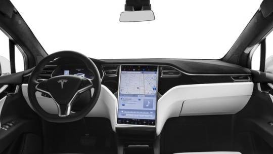 2017 Tesla Model X 5YJXCDE28HF041321