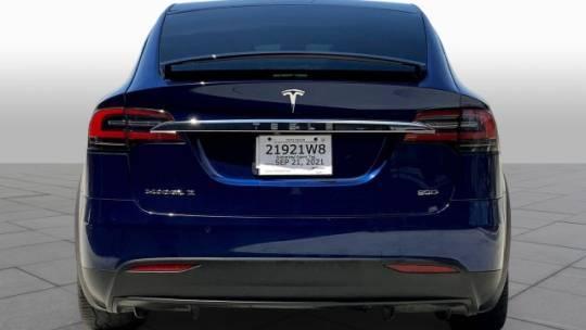 2017 Tesla Model X 5YJXCBE2XHF041597