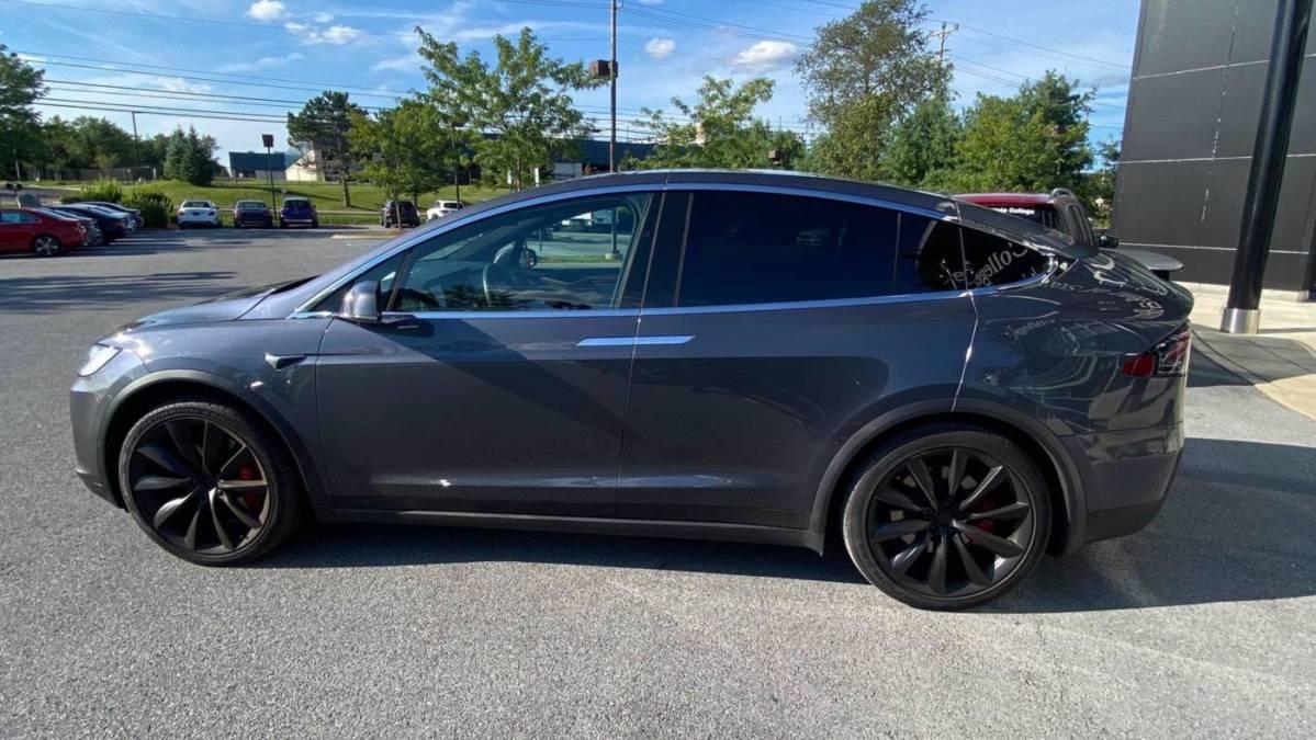 2020 Tesla Model X 5YJXCBE46LF234310