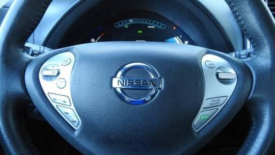 2015 Nissan LEAF 1N4AZ0CP7FC325857