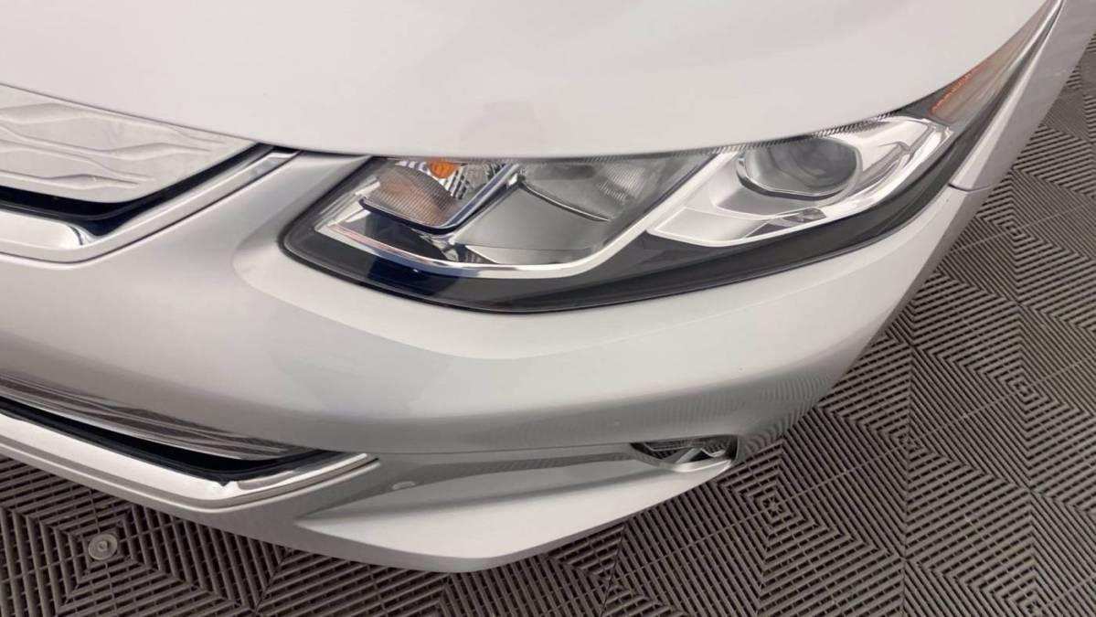 2018 Chevrolet VOLT 1G1RC6S52JU150852