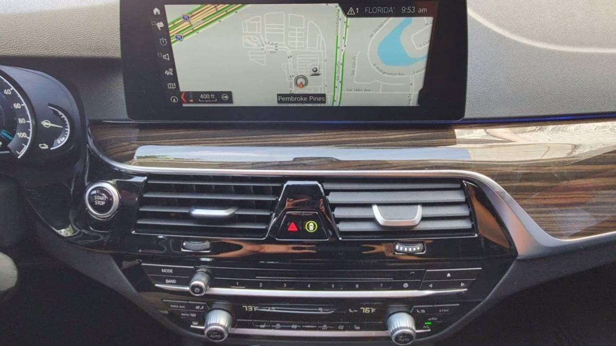 2018 BMW 5 Series WBAJA9C52JB252672