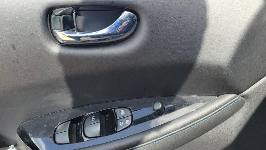 2018 Nissan LEAF 1N4AZ1CP5JC304164