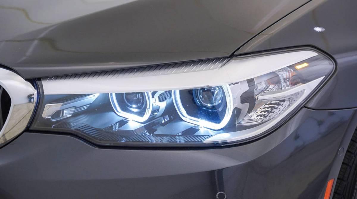 2018 BMW 5 Series WBAJA9C57JB251680