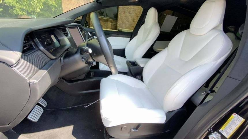 2019 Tesla Model X 5YJXCAE41KF190810