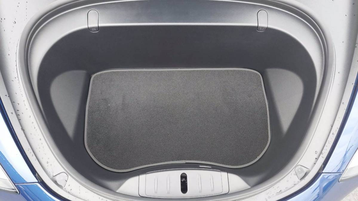 2018 Tesla Model 3 5YJ3E1EB5JF105246
