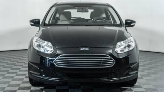 2018 Ford Focus 1FADP3R45JL213231