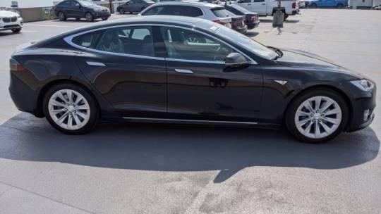 2016 Tesla Model S 5YJSA1E23GF142165