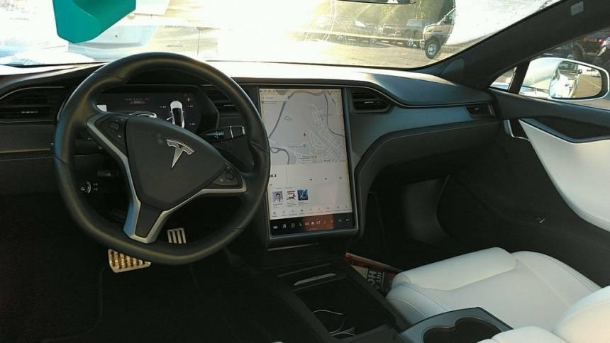 2019 Tesla Model S 5YJSA1E44KF308221