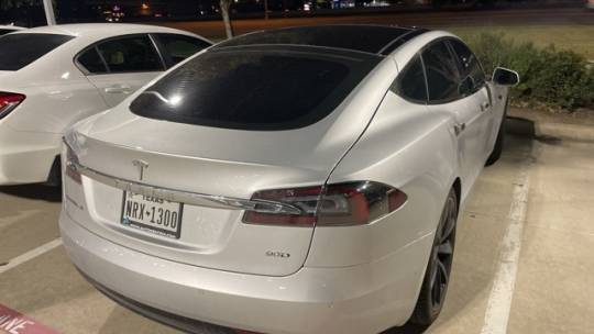 2017 Tesla Model S 5YJSA1E22HF189527
