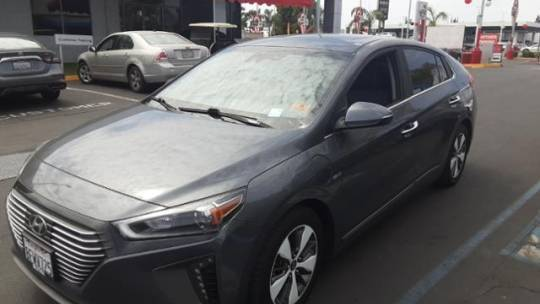 2019 Hyundai IONIQ KMHC75LD8KU107373