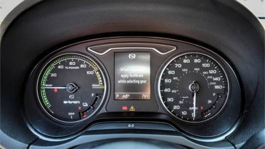 2017 Audi A3 Sportback e-tron WAUUPBFF9HA131435