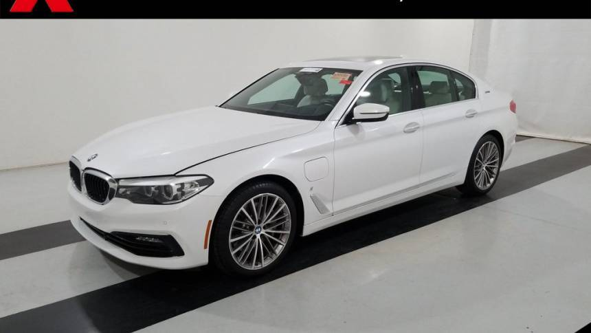 2018 BMW 5 Series WBAJA9C52JB250310