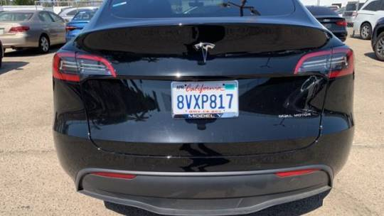2021 Tesla Model Y 5YJYGDEE5MF160943