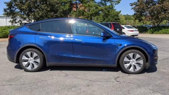 2020 Tesla Model Y 5YJYGDEE9LF039685