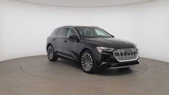 2019 Audi e-tron WA1VAAGE7KB022394