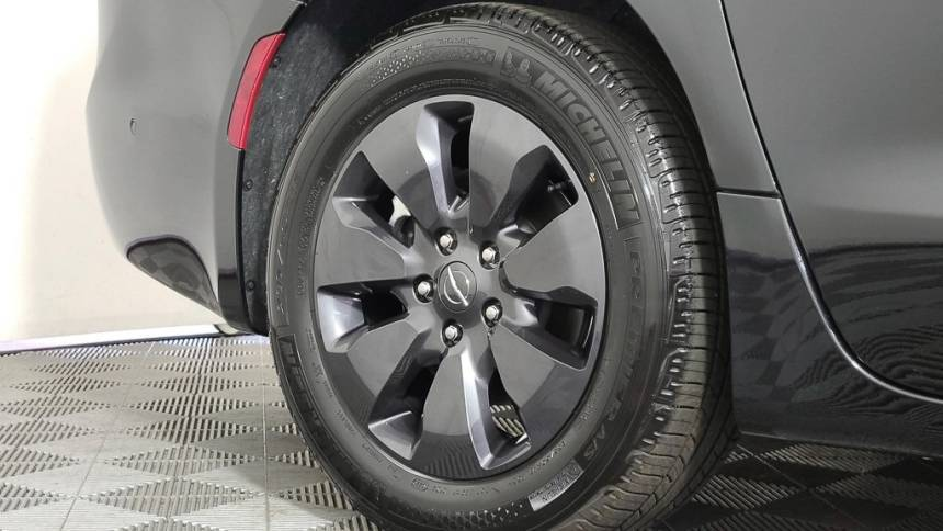 2020 Chrysler Pacifica Hybrid 2C4RC1N79LR200573
