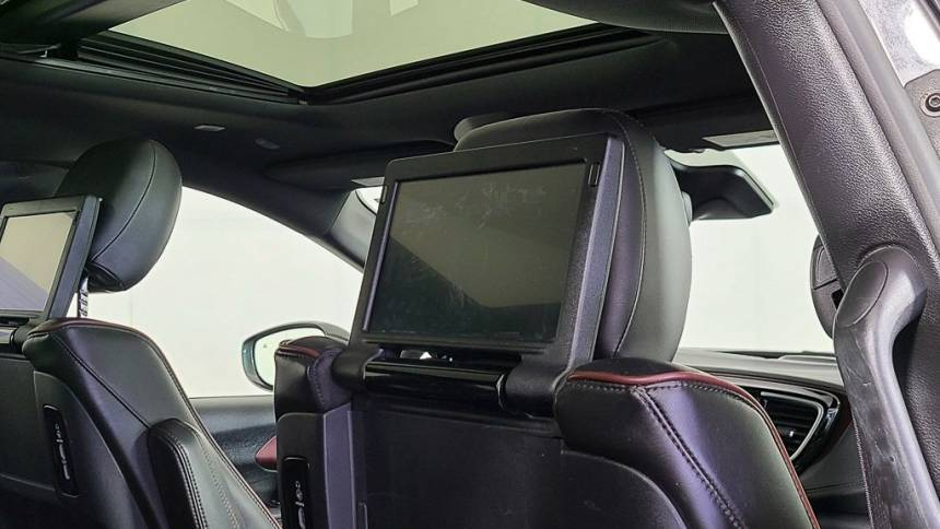 2020 Chrysler Pacifica Hybrid 2C4RC1N7XLR166580
