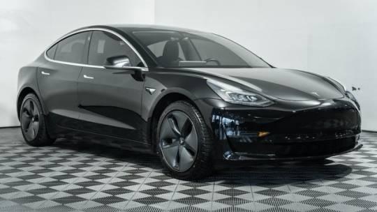 2019 Tesla Model 3 5YJ3E1EAXKF305743