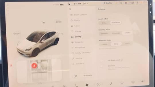 2021 Tesla Model Y 5YJYGDEE1MF216487