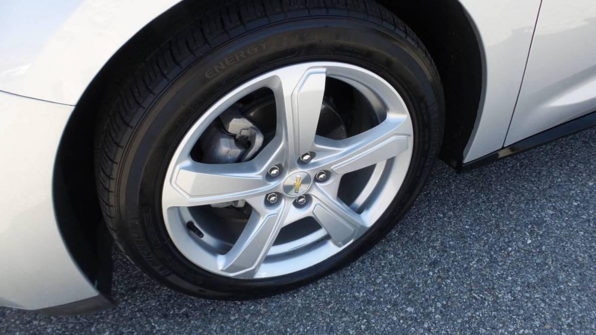 2018 Chevrolet VOLT 1G1RC6S51JU154729