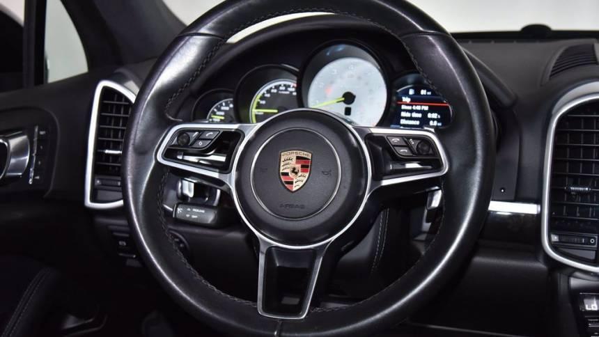 2016 Porsche Cayenne WP1AE2A2XGLA59808